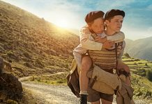 Imagem de cartaz do filme 'Os Meninos que Enganavam Nazistas'.