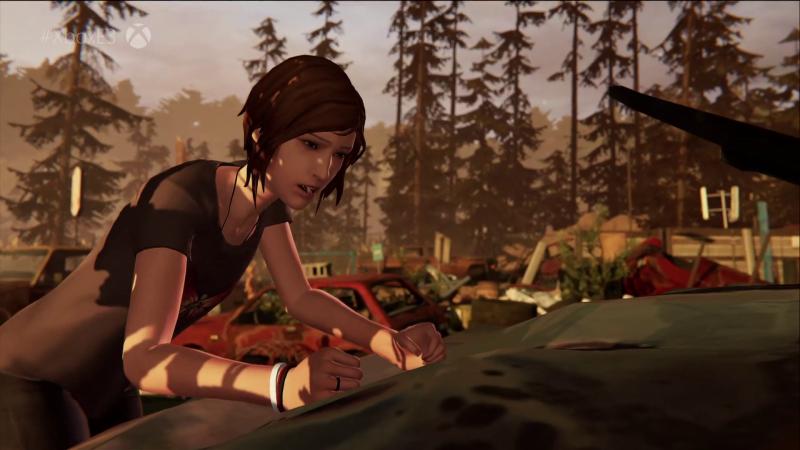Cena do jogo Before the Storm, prequela de Life is Strange, que mostra Chloe esmurrando o capô de um carro