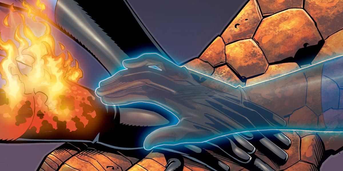 Imagem dos quadrinhos do quarteto Fantástico que mostra a mão de seus quatro integrantes: Senhor Fantástico, Mulher Invisível, o Coisa, Tocha Humana.