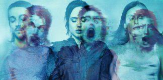 Pôster do filme Além da Morte, ou Flatliners, remake do filme cult Linha Mortal. O pôster mostra imagens sobrepostas de pessoas com olhos fechados e fantasmas deformados dessas mesmas pessoas.