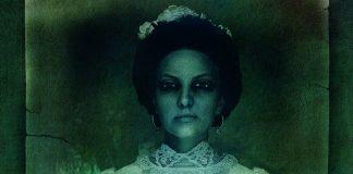 Imagem de divulgação de A Noiva, ou Nevesta, filme russo de terror e horror. A imagem mostra uma noiva morta, com olhos pintados sobre as pálpebras, em uma fotografia antiga e desbotada.