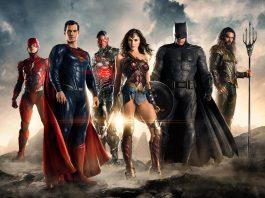 Imagem de Liga da Justiça mostra Flash, Superman, Ciborgue, Mulher Maravilha, Batman e Aquaman lado a lado