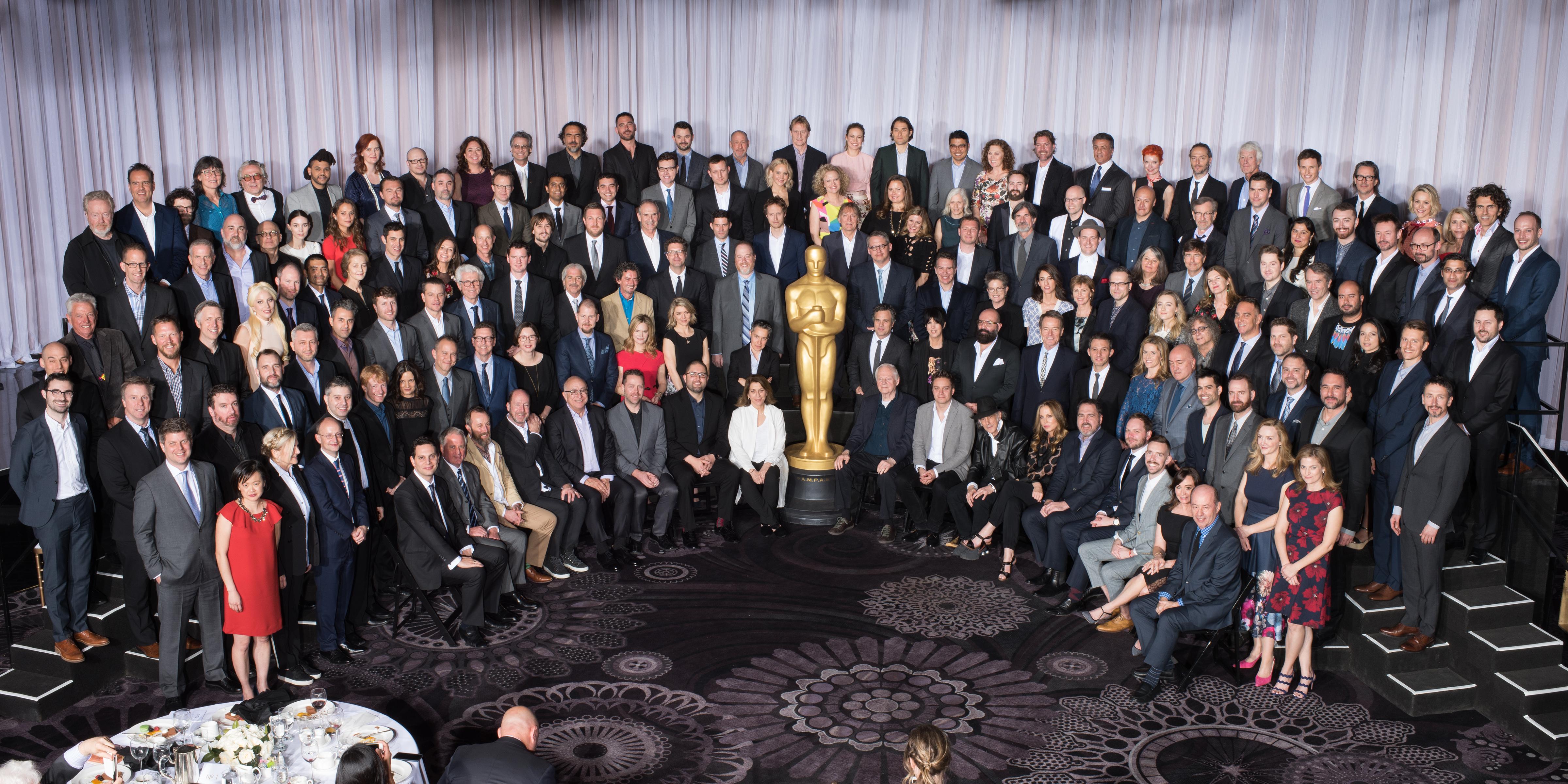 Imagem para Cinema 2018 mostra os indicados ao Oscar em 2016 - só há um negro entre as mais de 150 pessoas